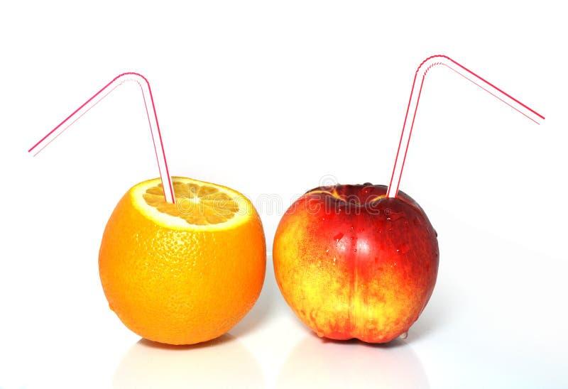 Pêssego e laranja frescos imagens de stock