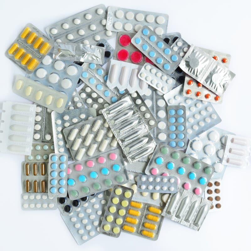 Píldoras, cápsulas, supositorios imagenes de archivo