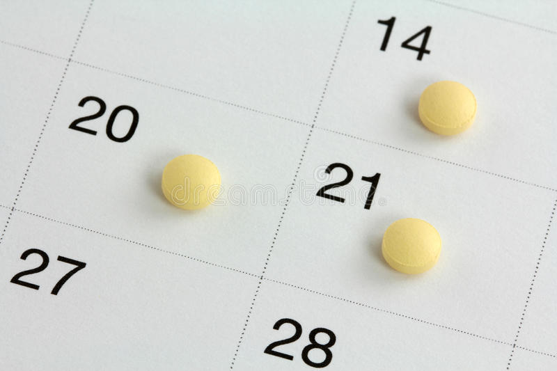 Píldoras De Control De La Natalidad Monofásicas En Un Calendario ...