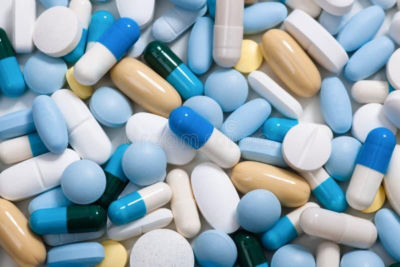 Píldoras de la medicina fotografía de archivo libre de regalías