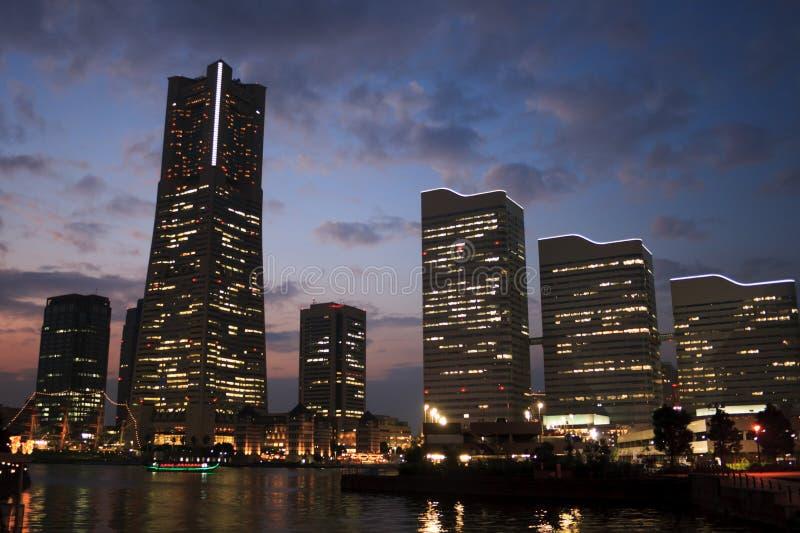 półmrok linia horyzontu Yokohama obraz stock