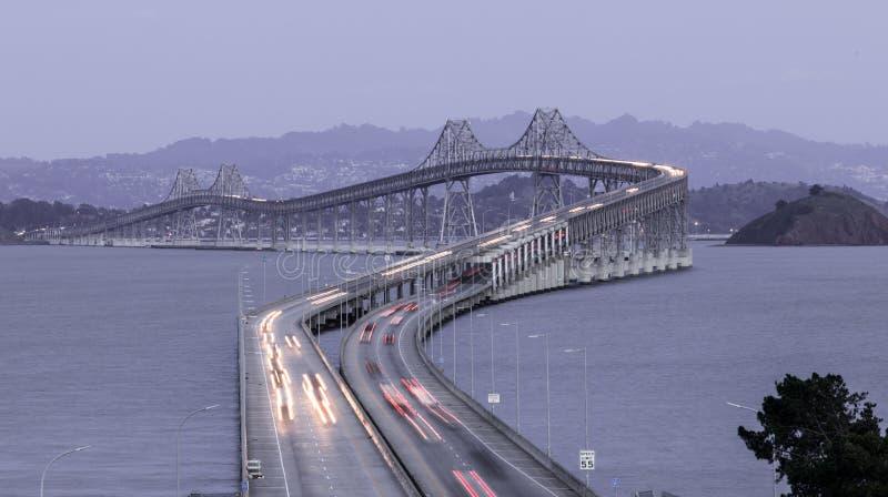 Półmrok Nad San Rafael mostem obrazy stock