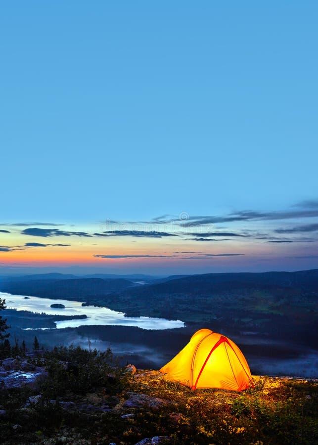 półmrok zaświecający namiot zaświecać zdjęcie stock