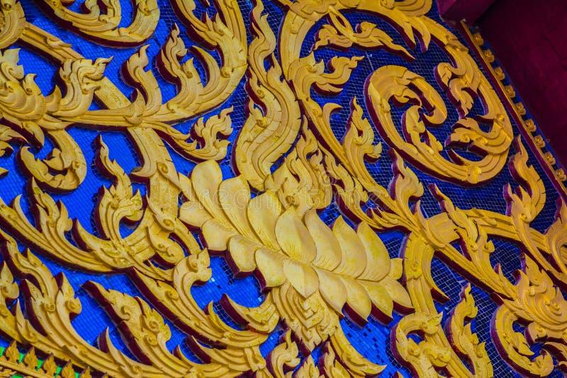 Północnej architektury tajlandzki wzorzysty kościół obraz stock