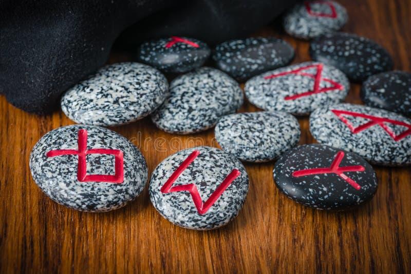 Północni runes kamienie dla pomyślności mówić obrazy royalty free