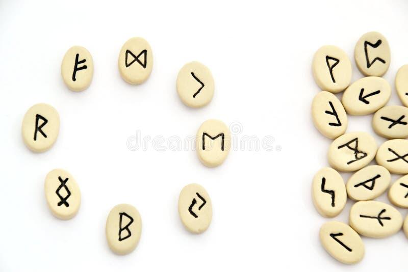 Północni runes - okręgu kształt obrazy stock