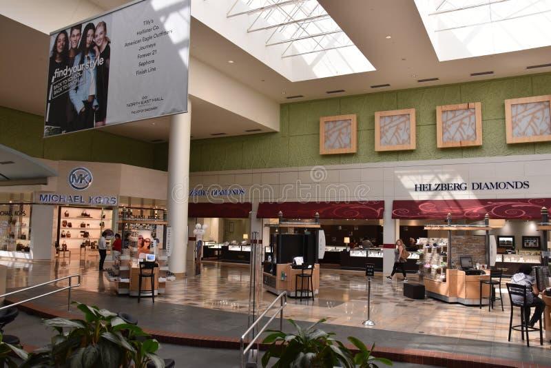 Północno-wschodni centrum handlowe w Hurst, Teksas fotografia royalty free