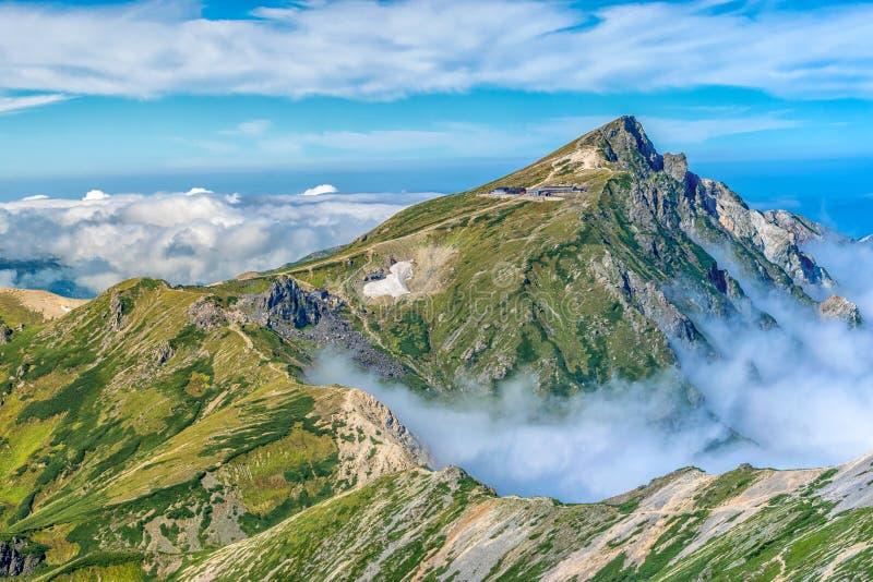 Północnojapońskie Alpy nad doliną Hakuba, Japonia fotografia royalty free