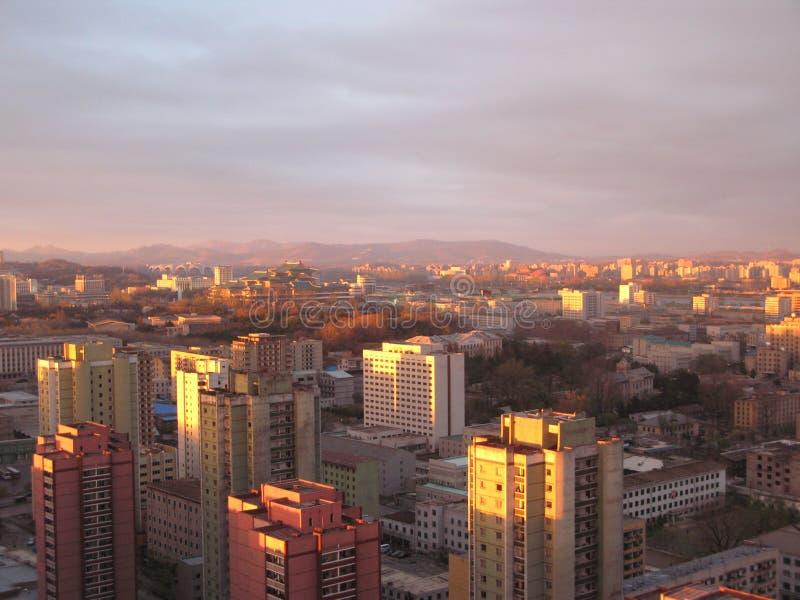 północny Korea zmierzch Pyongyang obrazy royalty free