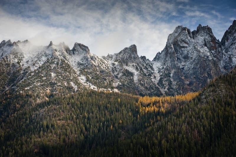 Północy Kaskadowy pasmo górskie zdjęcie royalty free