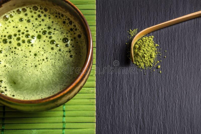 Pó do chá verde fotos de stock