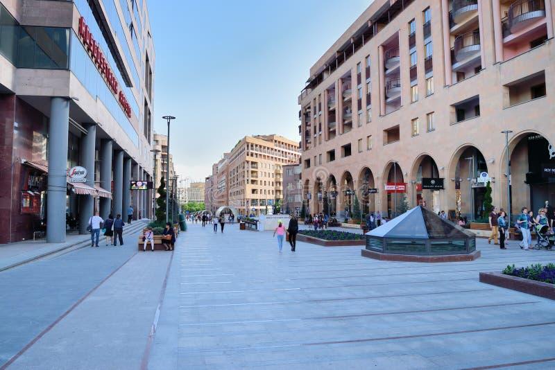 Download Północna Aleja, Yerevan, Armenia Zdjęcie Editorial - Obraz złożonej z śródmieście, headrests: 53775361
