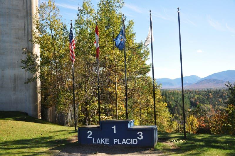 Pódio olímpico do campeão do Lake Placid, New York imagem de stock