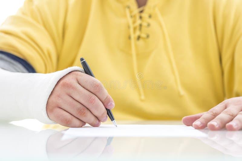 Póliza de seguro de firma foto de archivo