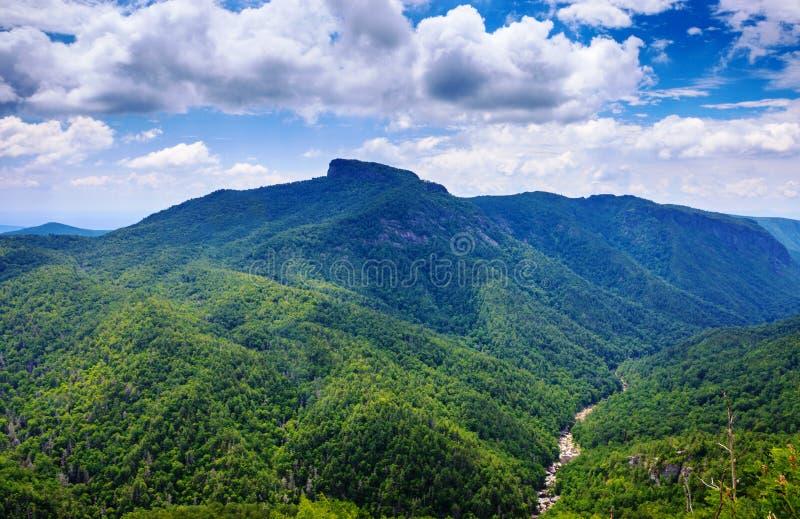 Pólnocna Karolina widok Wisemans Przegapia Linville wąwóz zdjęcia stock