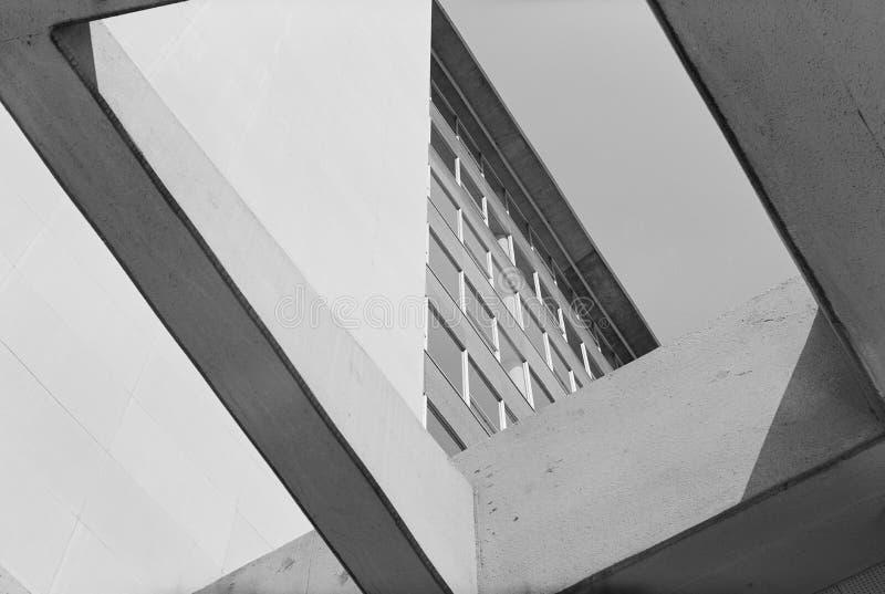 P rtico moderno imagen de archivo imagen de edificio for Portico moderno