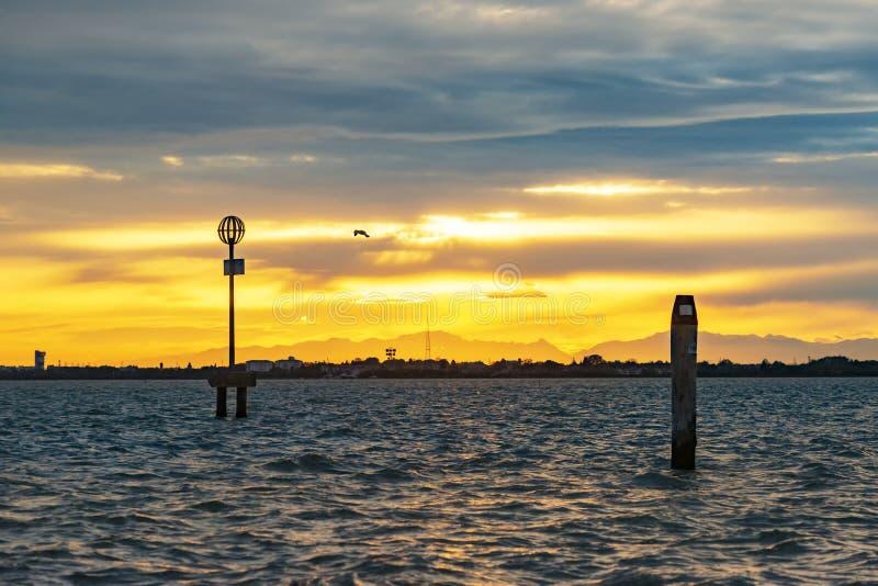 Pôr do sol na Baía de Veneza fotos de stock
