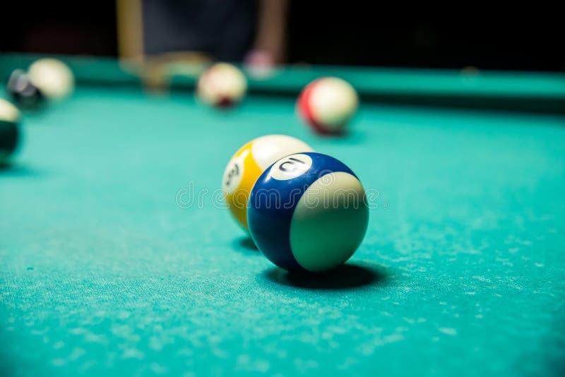 Pöl för Billiardbollar arkivfoto