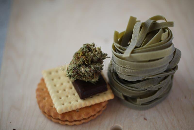 Pączkowy medyczny marihuany marihuany konopie thc zdjęcie stock