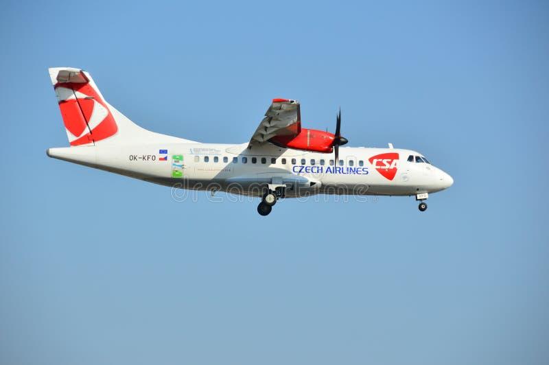 Płaski lądowanie - Czech Airlines obraz stock
