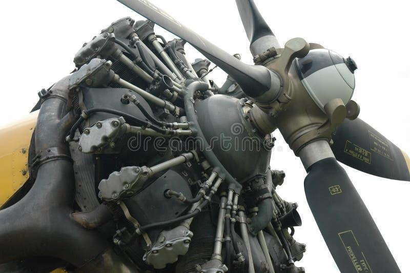płaski potężny silnik odizolowane s obraz royalty free