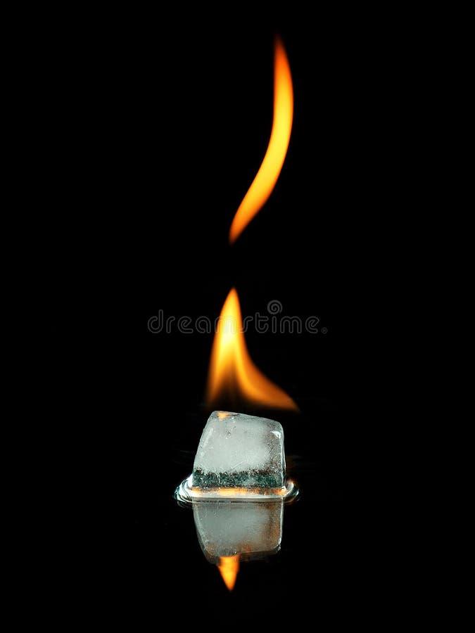 płonący lód obrazy stock