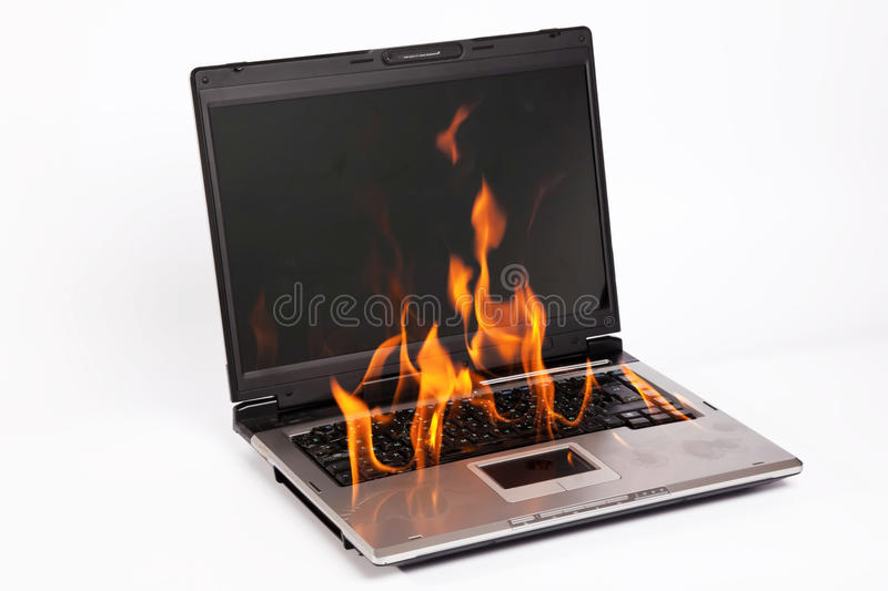 płonący laptop obraz royalty free