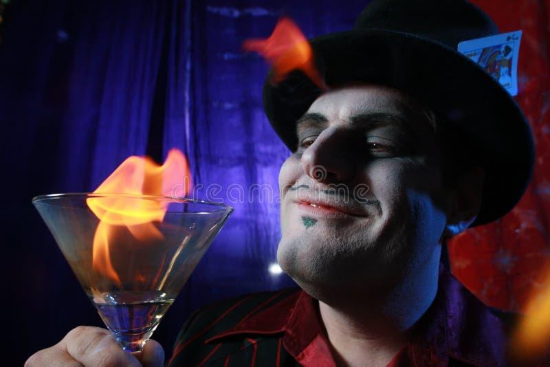 płonący magik Martini zdjęcia stock