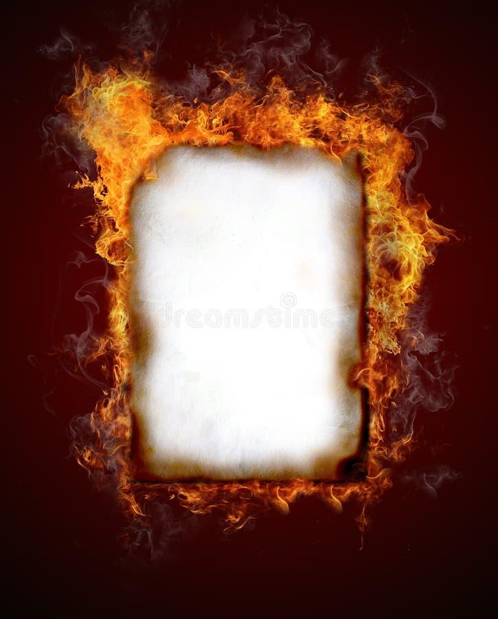 płonący papier obrazy royalty free