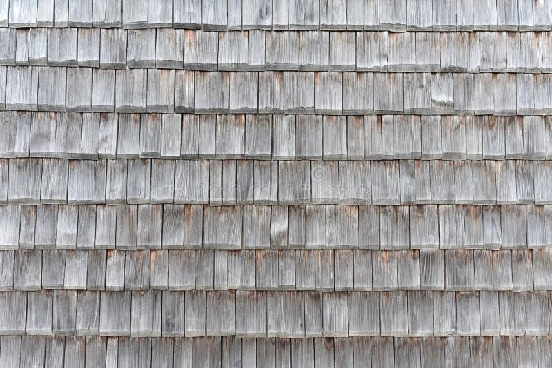 PÅ'ytki dachowe drewniane, tkaniny, czarno-biaÅ'e, z tÅ'a zdjęcie stock