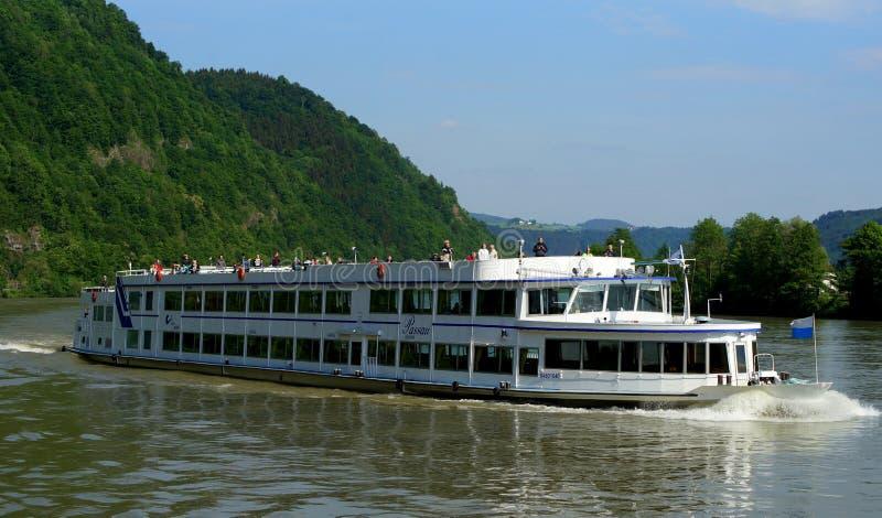 Pływać statkiem na Danube obrazy royalty free