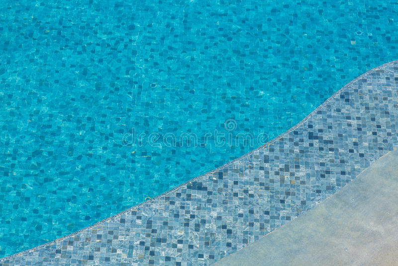 Download Pływackiego Basenu Pluskocząca Woda Zdjęcie Stock - Obraz złożonej z zdrój, ocean: 57652676