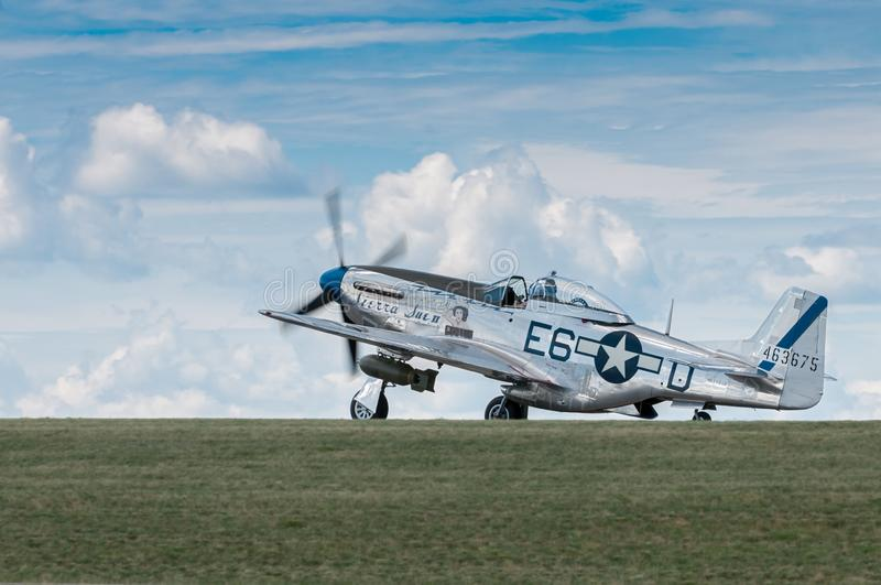 P-51野马山脉苏II乘出租车  库存照片