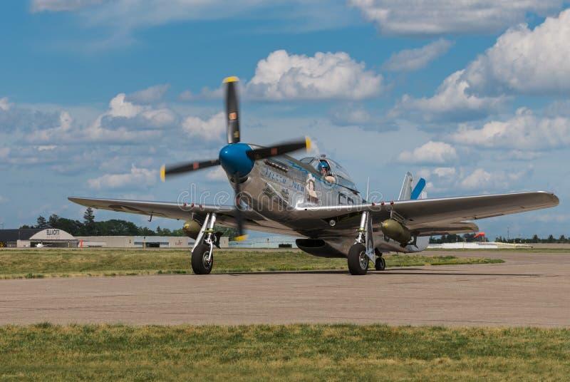 P-51野马山脉苏II出租汽车 免版税库存照片