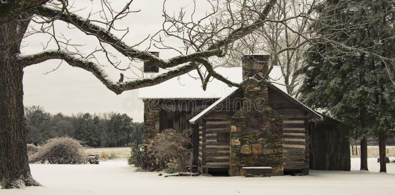 País coberto de neve da cena da paisagem e beleza das áreas rurais no coração imagem de stock