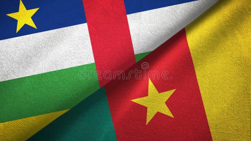Pa?o de la materia textil de las banderas de la Rep?blica Centroafricana y del Camer?n dos, textura de la tela imágenes de archivo libres de regalías