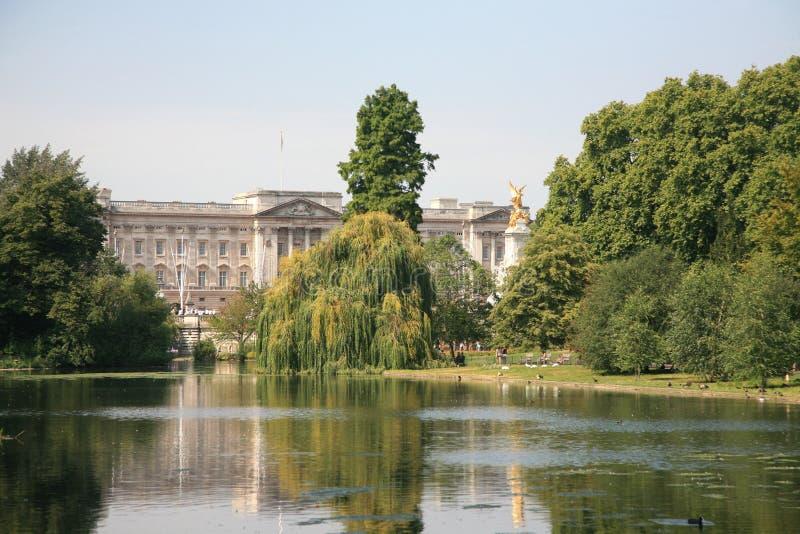 pałac buckingham zdjęcia royalty free