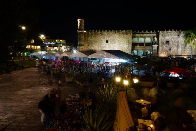 Pałac Cortes i pamiątka wprowadzać na rynek, Cuernavaca, Meksyk zdjęcie stock