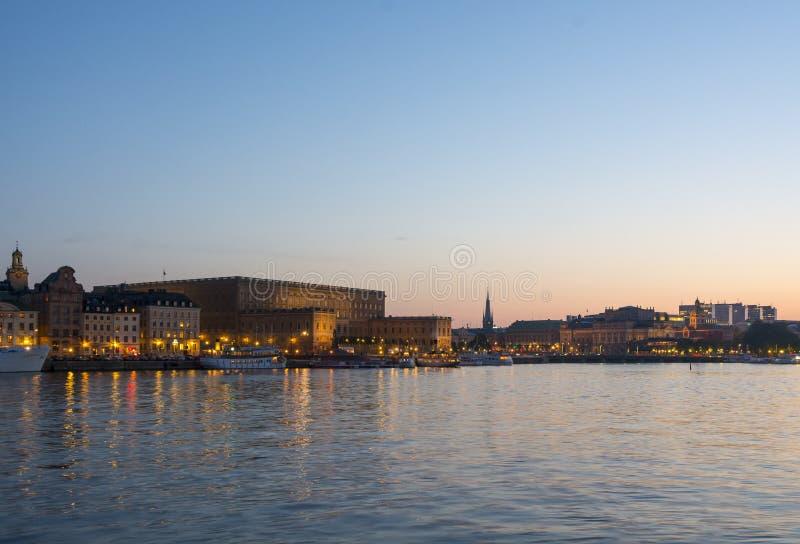 Pałac królewski Sztokholm w zmierzchu fotografia stock