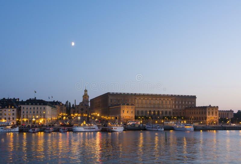 Pałac królewskiego Sztokholm zmierzch zdjęcia royalty free