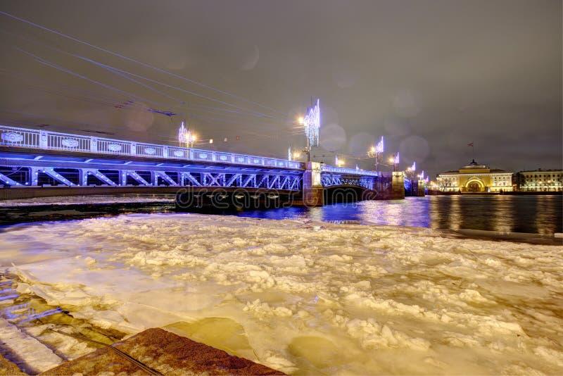 Pałac most Neva Rzeka zdjęcie stock