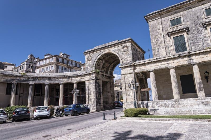 Pałac St Michael i St George w Corfu miasteczku na Greckiej wyspie Corfu zdjęcie royalty free