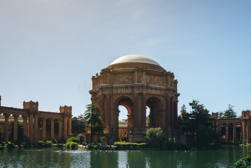 Pałac sztuka piękna punkty zwrotni przy San Fransisco fotografia royalty free