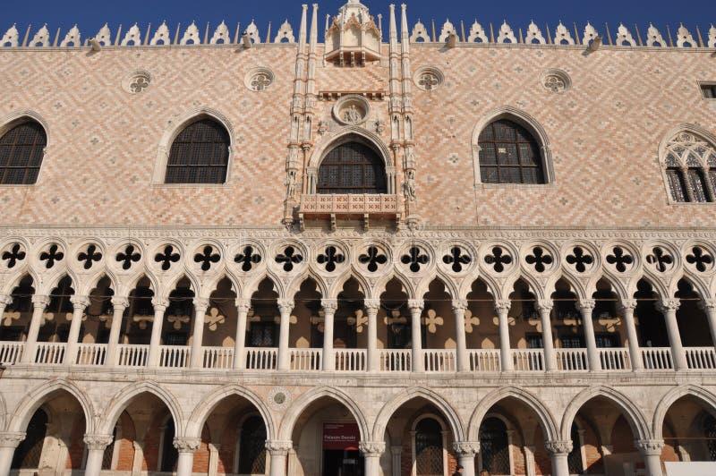 Download Pałac Venice zdjęcie stock. Obraz złożonej z domy, marconi - 18408442