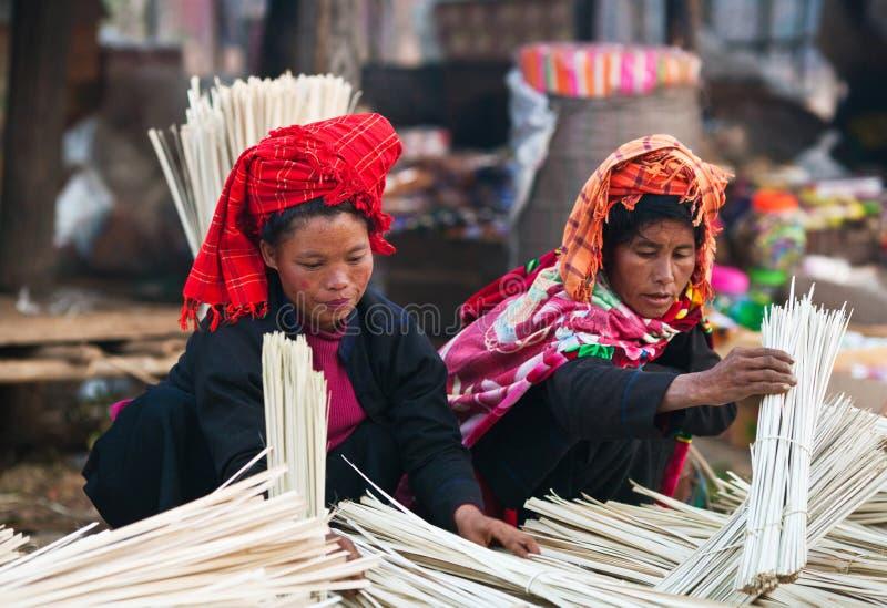 Pa-o stamvrouwen, Myanmar royalty-vrije stock fotografie