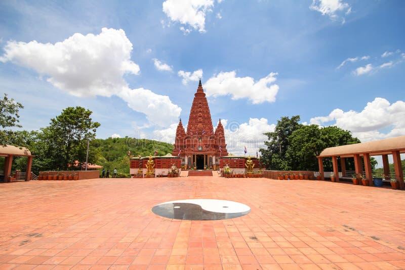 PA SIRI WATTANA WISUT de WAT, NAKHON SAWAN, Tailândia imagem de stock