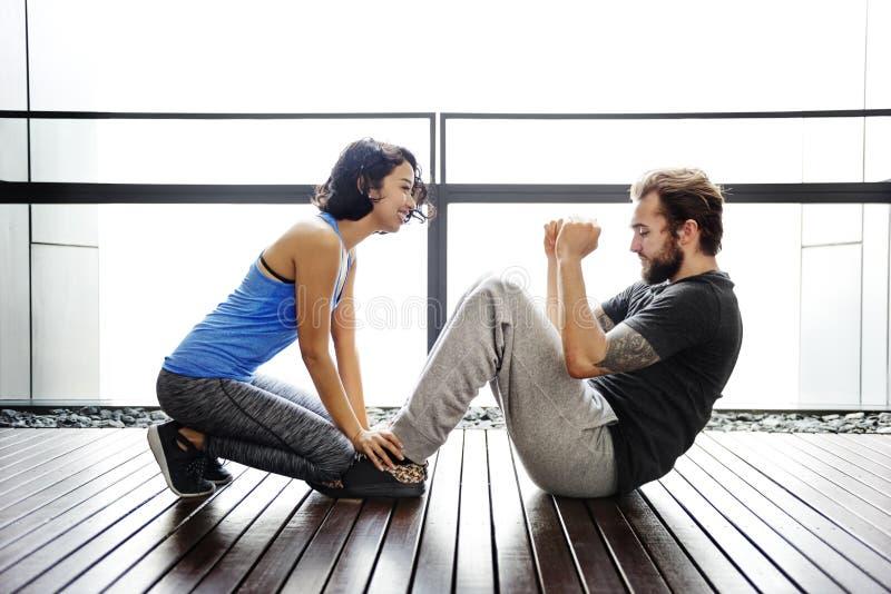 Paar-Übungs-erwachsener Athlet Sporty Training Concept stockbilder