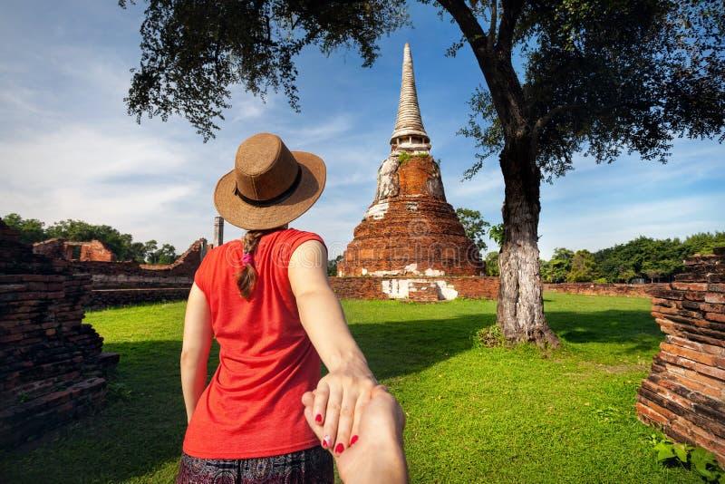 Paar bij vakantie in Thailand stock afbeeldingen