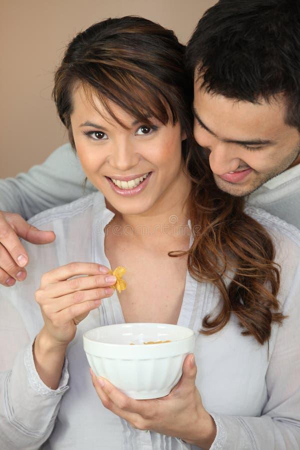 Paar die ontbijt hebben samen royalty-vrije stock foto's