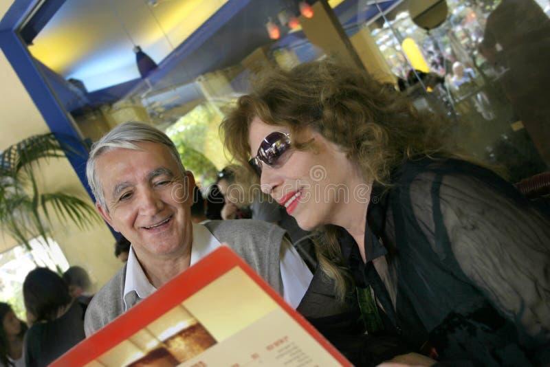 Paar in een restaurant royalty-vrije stock foto